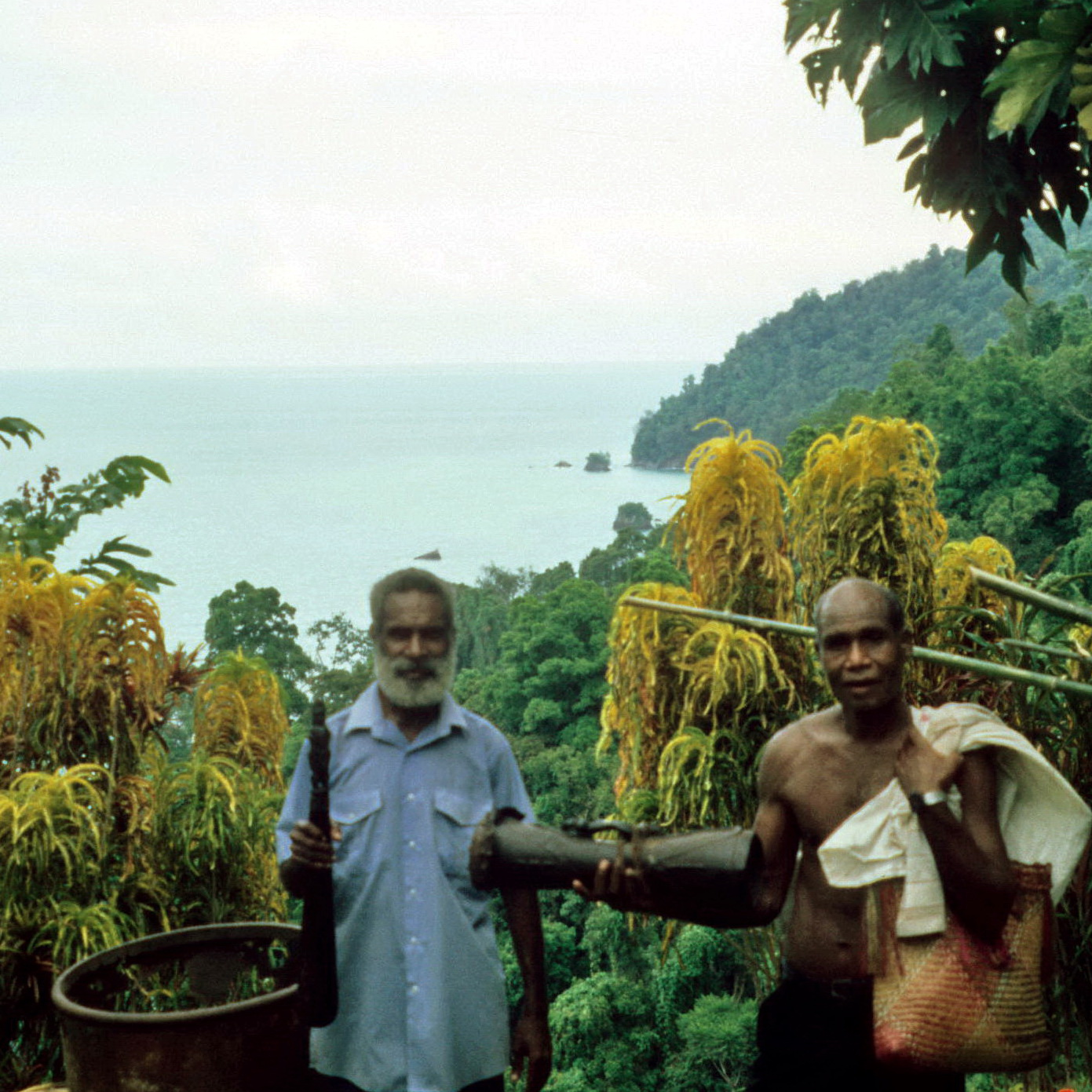 The infamous Alois Jim on the right, Kairiru Island, Papua New Guinea.  For all his shenanigans he did find some good things over the years.  Circa 1999.