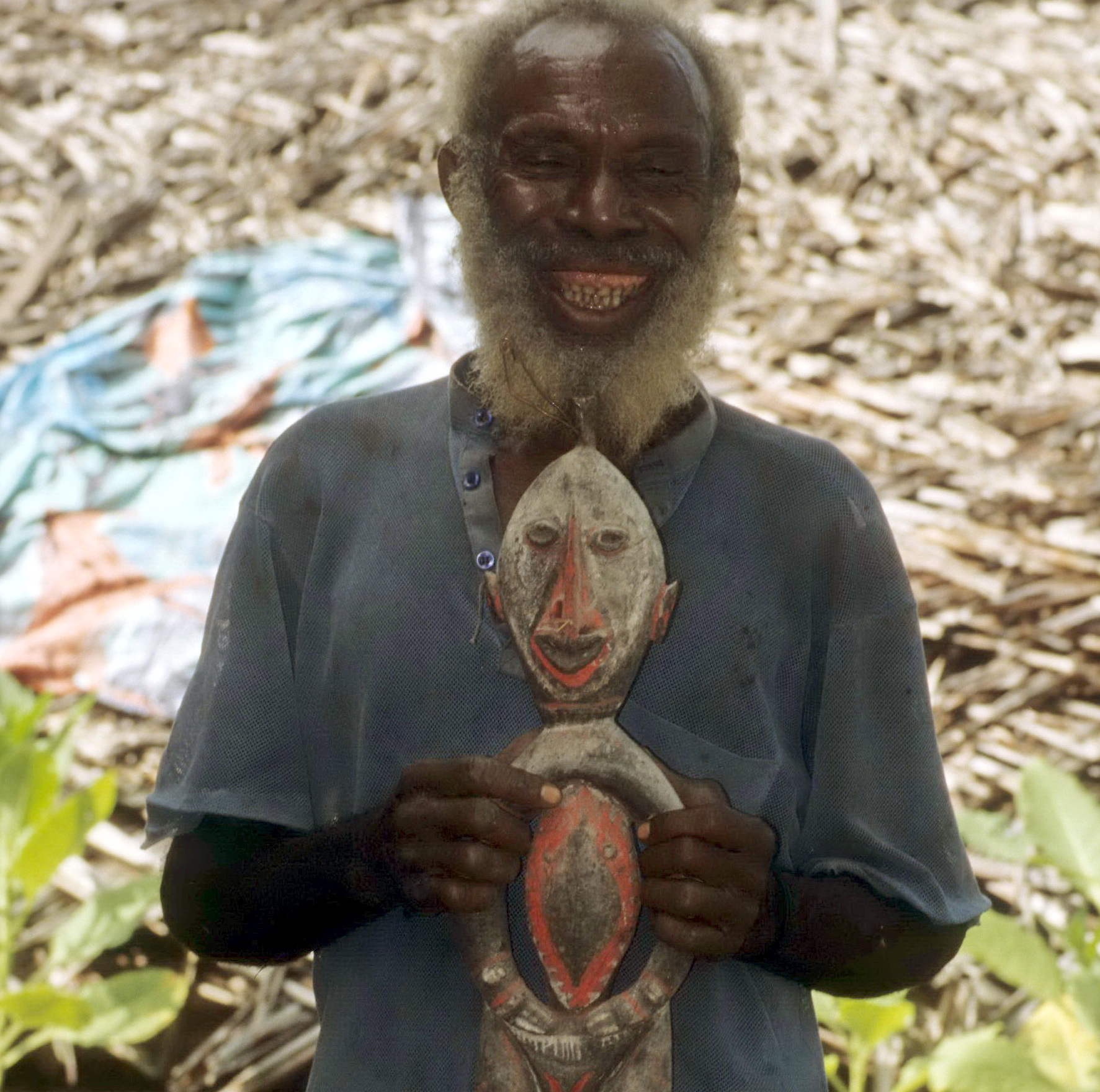 Yangoru Boiken Man with Ancestral Spirit Carving, New Guinea Art, Oceanic Art, South Pacific Art, Tribal Art