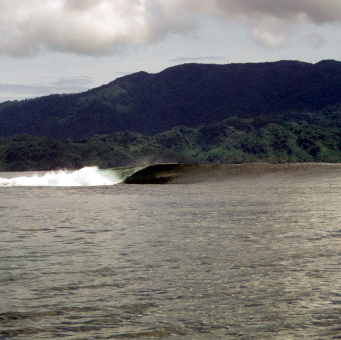 Nice Left Point Wave, North Coast New Guinea Island, Oceanic Art Pitstop